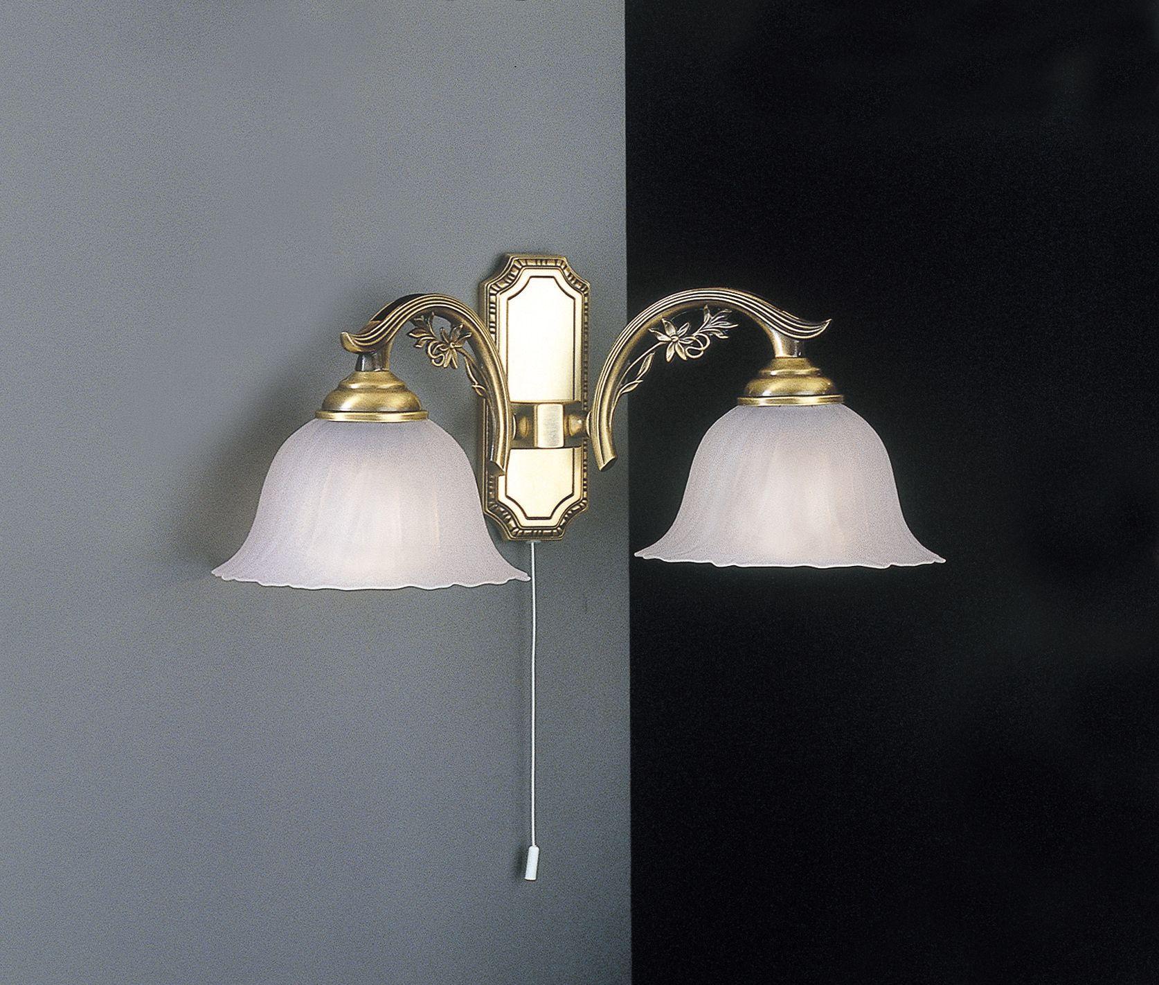 Applique in ottone e vetro satinato a 2 luci verso basso reccagni store - Parete in vetro satinato ...