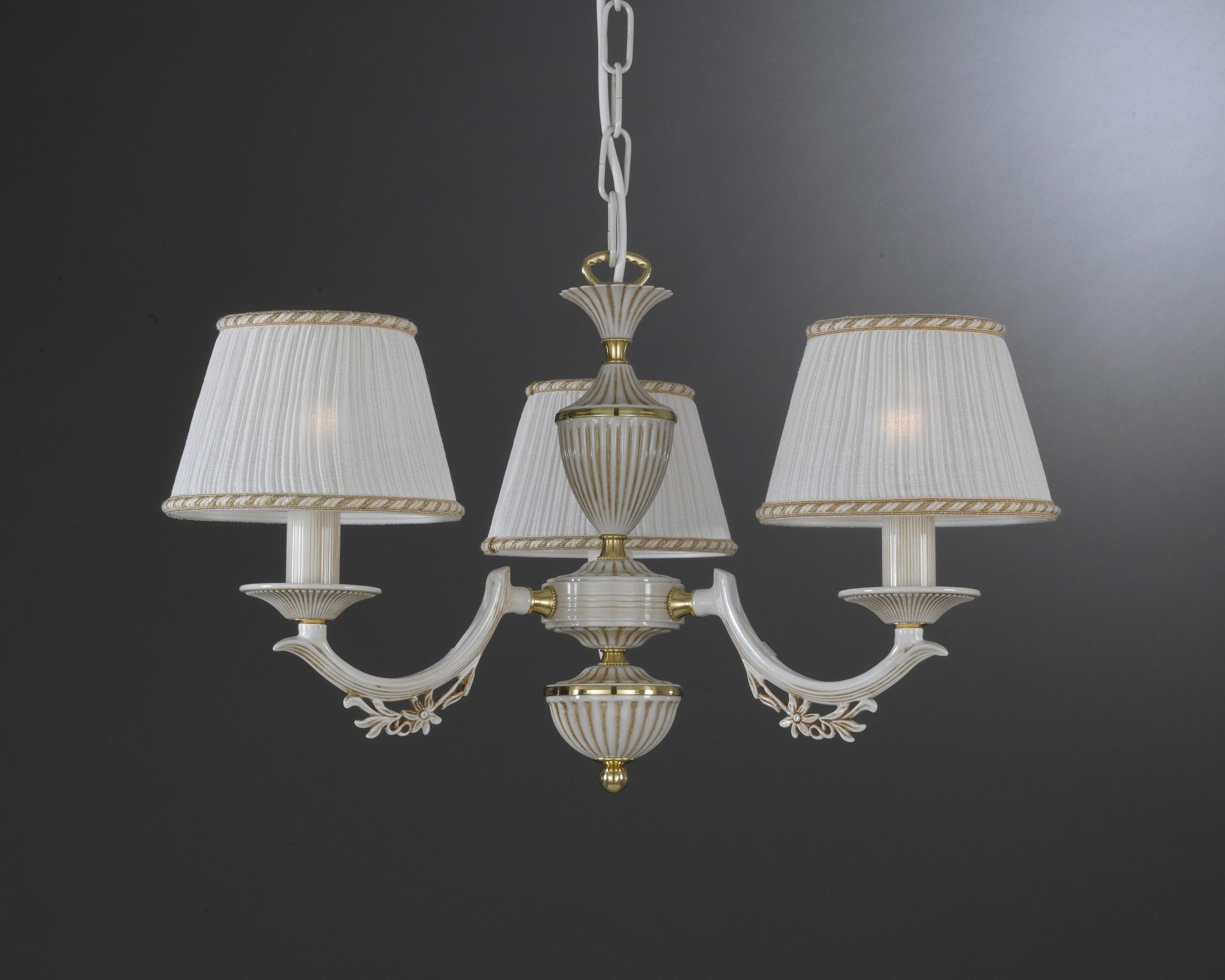 3 Lights Old White Brass Chandelier With Lamp Shades