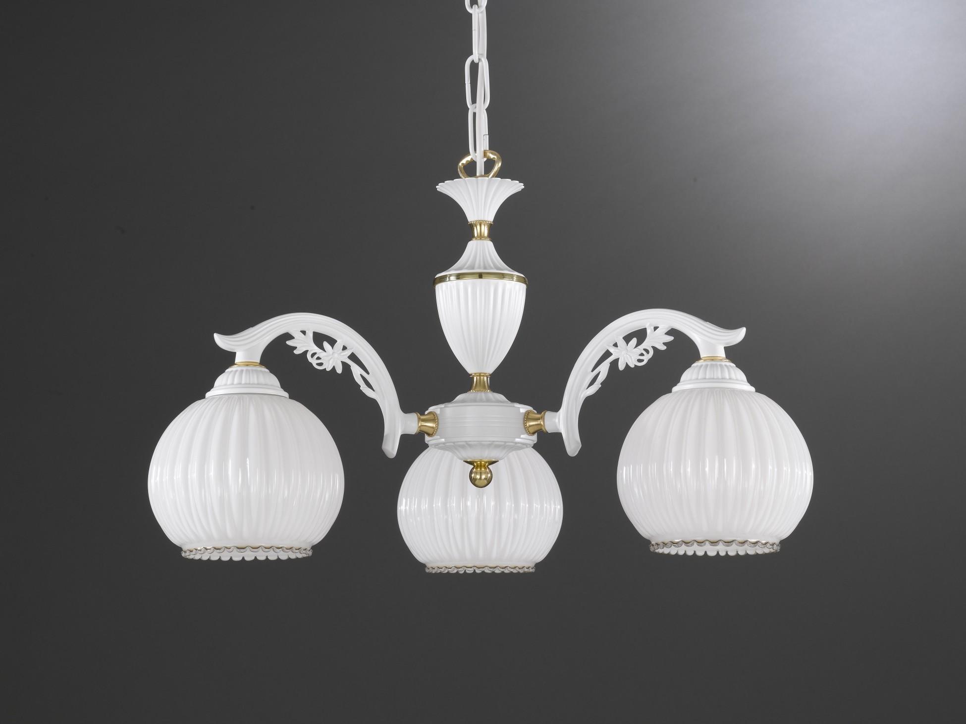 Lampadario classico a 3 luci vetro bianco soffiato  Reccagni Store