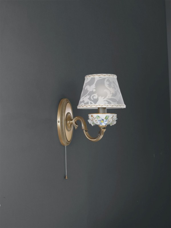 Applique in ottone e porcellana con paralume 1 luce
