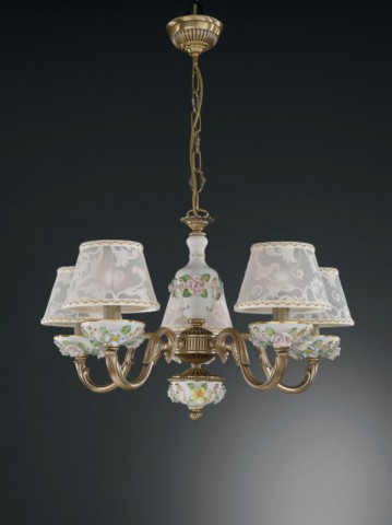 5 lights brass and painted porcelain chandelier with lamp shades
