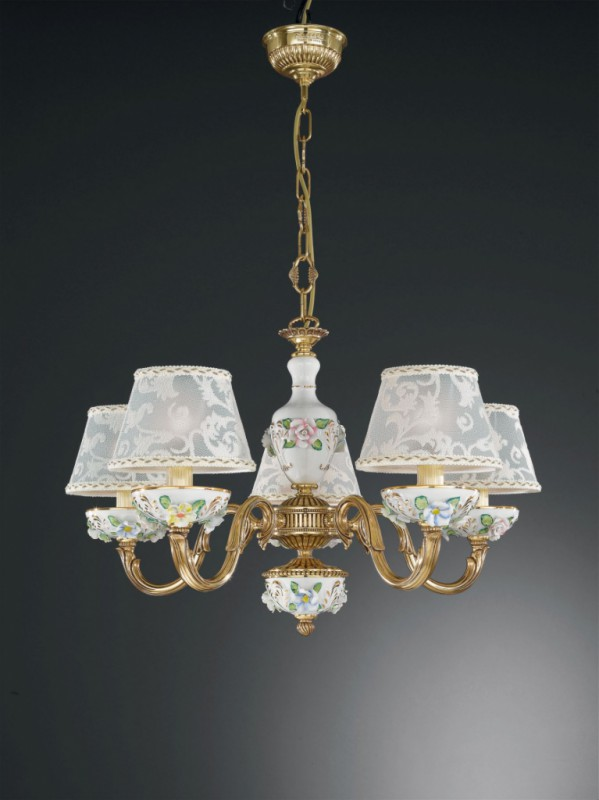 5 lights golden brass and painted porcelain chandelier with lamp shades