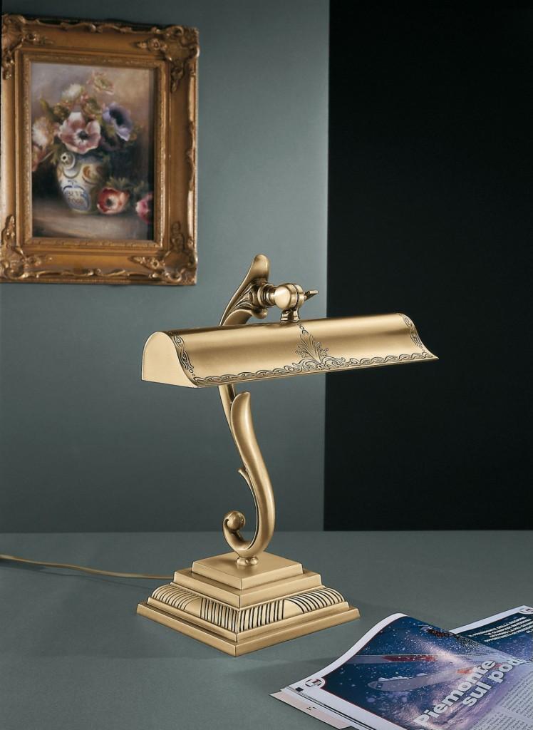 Lampada Da Scrivania In Ottone.Lampada Da Scrivania In Ottone Color Oro Reccagni Store